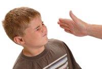 Mégiscsak hasznos a szülői pofon?